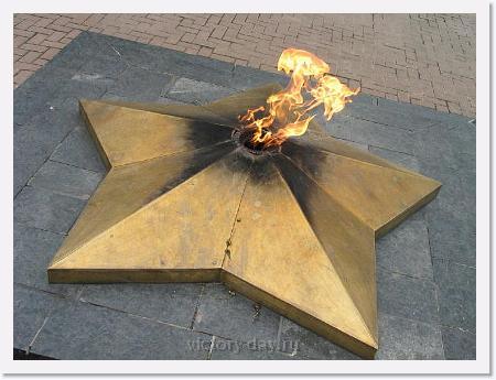раздел посвящен празднику великой победы советского и российского народа над фашизмом, одному из главных праздников россии.